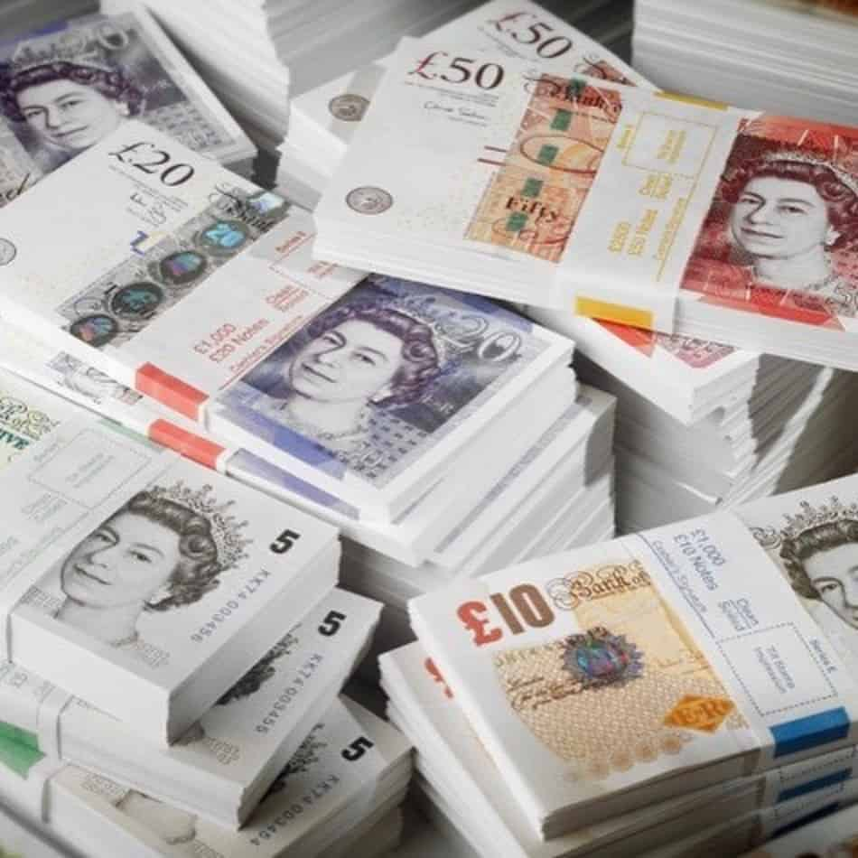 Where-to-buy-counterfeit-pounds-in-UK.jpg
